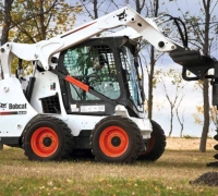 Earthmoving-Equipment--SKIDSTEER-PC-3